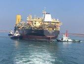 صور.. مميش: عبور سفينة تكرير بترول عملاقة بقنا السويس برسوم 2.5 مليون دولار