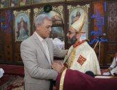 صور..محافظا المنوفية والدقهلية يقدمان التهنئة للأقباط الكاثوليك بعيد الميلاد