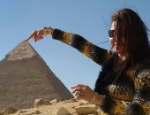 جمال مصر.. قارئة تشارك بصورها خلال جولتها داخل منطقة الأهرامات بالجيزة