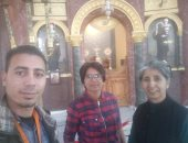 قارئ يشارك بصور سائحين فى مجمع الأديان والقلعة والأهرامات