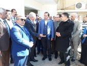 صور.. نائب وزير التعليم يتفقد مدارس الوادى الجديد