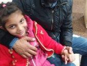 صور.. سائق تاكسى يعرض حياته للخطر وينقذ طفلة من الخطف بالإسماعيلية