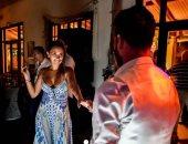 فيديو وصور.. رقصة رومانسية تجمع ميسي وزوجته فى رأس السنة