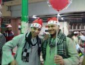 """فيديو وصور.. بـ""""الطرطور والجلباب"""".. الأسايطة يحتفلون برأس السنة الميلادية"""
