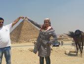 """جمال مصر.. قارئ يمنى يشارك """"اليوم السابع"""" بصور لزيارته لمنطقة الأهرامات"""
