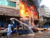 اشتعال النيران بعدد من محلات بسوق الخضار والفاكهة المركزى بأبو كبير شرقية