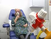 شاهد كيف يتم تشخيص السرطان فى مراحله الأولى من خلال اختبار التنفس