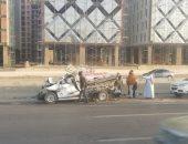 مصرع شخص وإصابة 2 آخرين إثر سقوط سيارة من أعلى كوبرى بطريق اﻷوتوستراد