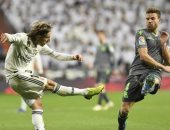 ريال مدريد ينهار أمام ريال سوسيداد بثنائية فى الدوري الإسباني.. فيديو