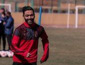 شاهد حسين الشحات من لحظة وصوله الأهلي للمشاركة فى التدريبات