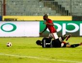 فيديو.. جيرالدو يسجل الهدف الأول للأهلى أمام سموحة فى الدقيقة 98