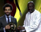 على التوالى.. محمد صلاح يحقق ثنائية الأفضل في أفريقيا