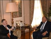بيان للخارجية: شكرى أطلع نظيره الأمريكى على جهود مكافحة الإرهاب فى مصر