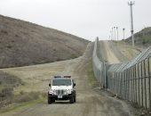 صور.. آلاف المهاجرين يتكدسون على الحدود المكسيكية الأمريكية