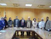 رئيس جامعة بنى سويف يوصى بضرورة بدء الدراسات العليا بكلية الإعلام
