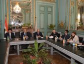 جامعة عين شمس تعقد الاجتماع الافتتاحى الأول لمركز أبحاث ودراسات طريق الحرير