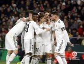 بنزيما وكورتوا يدعمان قائمة ريال مدريد ضد إشبيلية فى الليجا
