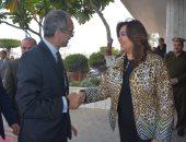 محافظ دمياط تبحث مع وزير الاتصالات عقد دورات تدريبية للصناع بمدينة الأثاث
