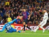 موعد مباراة برشلونة ضد ريال مدريد في كلاسيكو الدوري الإسباني