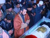 محافظ كفر الشيخ ومدير الأمن والآلاف يشيعون جنازة شهيد حادث شمال سيناء