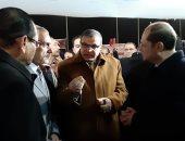 وزير القوى العاملة ومحافظ أسيوط يتفقدان ملتقى التوظيفى الأول للشباب