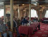 صور.. وزير القوى العاملة يلتقى ممثلى النقابات العمالية بأسيوط
