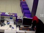 مدير فرع شركة الاتصالات المسروق بالبدرشين: اللص أخفى وجهه وهدد الموظف بسكين