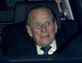 تعيش وتكسر.. الأمير فيليب يحصل على سيارة جديدة بعد تعرضه لحادث