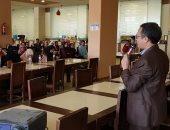 200 طالب وطالبة من كليات الطب يشاركون فى معسكرات بيئية للشباب بأسوان