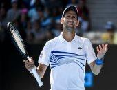 ديوكوفيتش يعبر شاب كندى بصعوبة فى بطولة أستراليا المفتوحة للتنس..فيديو