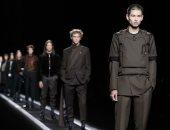"""كأنهم جايين من المستقبل.. عرض أزياء متحرك لـ""""ديور"""" فى باريس"""