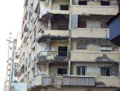 قارئة تشكو من تساقط أجزاء من عمارة آيلة للسقوط بشارع كليوباترا بالإسكندرية