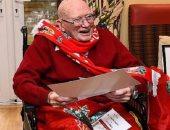 يورجن كلوب يحتفل بعيد الميلاد الـ104 لأكبر مشجع لنادى ليفربول.. اعرف التفاصيل