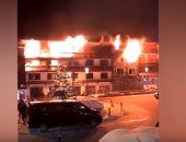 شاهد.. لقطات من حريق منتجع سياحى بفرنسا