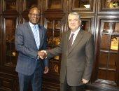 وزير الكهرباء يستقبل وزير الطاقة فى ناميبيا على هامش للمنتدى الإفريقى للطاقة