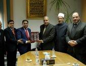 رئيس جامعة شيتاجونج ببنجلاديش: الأزهر مظلة علوم يستظل بها المسلمون بكل مكان