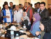 وزير الشباب يتفقد معسكر الشباب والصالة المغطاة والمدينة الشبابية