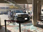 فيديو وصور .. نجاة سعودى بأعجوبة بعد اقتحام سيدة واجهة مطعم بسيارتها