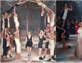 """سيرك """"ديور"""".. عرض أزياء على طريقة البهلونات بأسبوع الموضة فى باريس"""