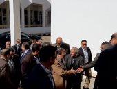 فيديو وصور.. وزير البترول يصل أسيوط لتفقد عددا من المشروعات