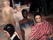 إبداعات فى عرض أزياء ماكسيم سيمنز خلال أسبوع الموضة بباريس