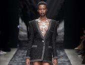 الأسود يسيطر على تصميمات أشهر دور الأزياء الفرنسية بمجموعة موسم ربيع 2019