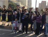 صور.. مدير أمن الجيزة يشارك المواطنين الاحتفال بعيد الشرطة