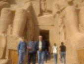 سفير بيلا روسيا بالقاهرة فى جولة سياحية بمعبد أبوسمبل