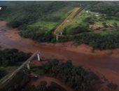 فيديو من طائرة بدون طيار يظهر منطقة متضررة من انهيار سد فى البرازيل