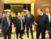شخصيات عامة وبرلمانيون يشاركون فى عزاء شقيقة مكرم محمد أحمد بمسجد المشير