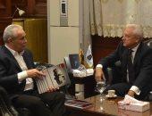 صور.. محافظ الأقصر يلتقى سفير بيلاروسيا فى القاهرة لبحث التعاون المشترك