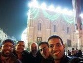 """""""منطقتى"""": قارىء يشارك صورته أمام مسجد الحسين: نفخر أننا سكان حى الروحانيات"""