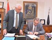 محافظ كفر الشيخ يؤكد على استمرار مواجهة التعديات على الأراضي الزراعية وإزالتها