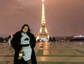 """شاهد.. """"فوتو سيشن"""" للفنانة رانيا يوسف من أمام برج إيفل بباريس"""